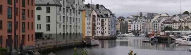 Bras Around The World: Norway